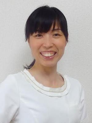 講師 岡部 美貴子 <Okabe Mikiko>